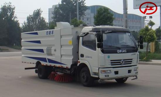 东风多利卡扫路车(国5)