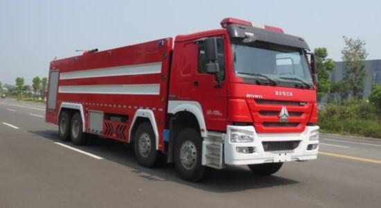 重汽24吨泡沫消防车
